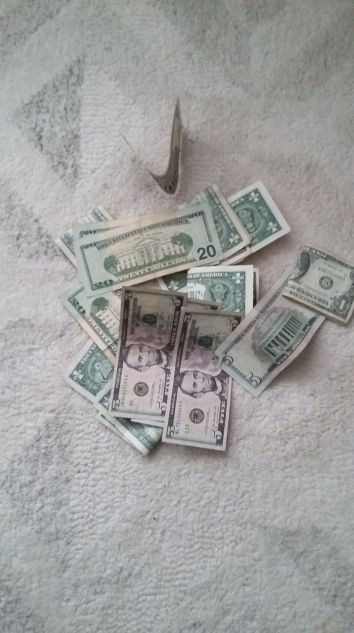 dinero-y-sociedad-del-desfase
